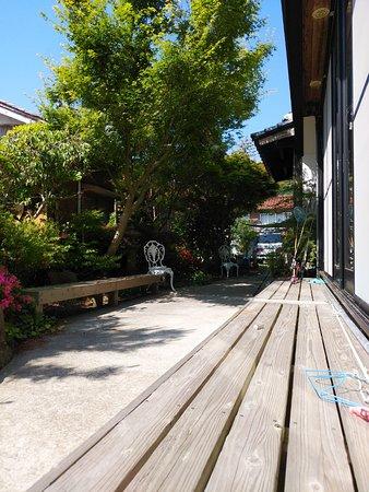 Guest House Darumaya: 縁側 縁台