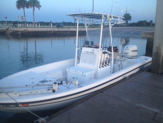 Hot Fun Fishing Charters: 22 foot center console boat