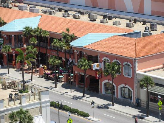 Pelican Walk Plaza