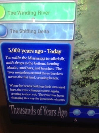 National Mississippi River Museum & Aquarium: One of many educational signs about the geological formation of the river.
