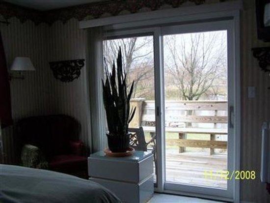 Odessa, Missouri: Guest room