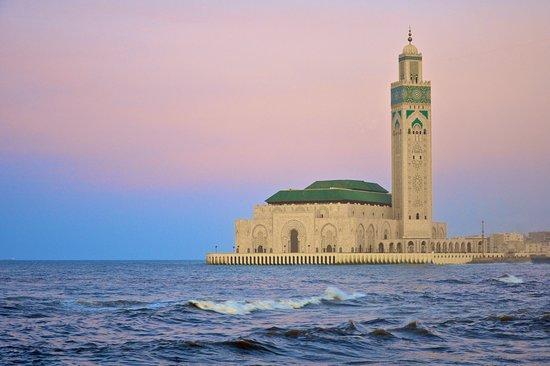Best Travel Morocco: Hassan II mosque is the landmark of Casablanca
