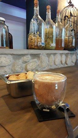 Fotografia de UMAWI Coffee & Bar