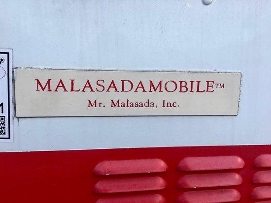 Leonard's Waikele Shopping Center: Malasada Mobile