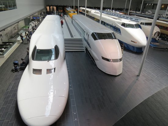 SCMAGLEV and Railway Park: Trains viewed from the top