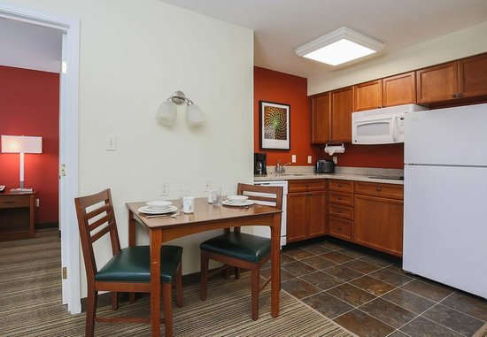 Residence inn salinas monterey updated 2018 prices hotel reviews ca tripadvisor for Monterey hotels 2 bedroom suites