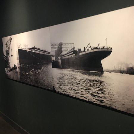 Titanic Belfast ภาพถ่าย