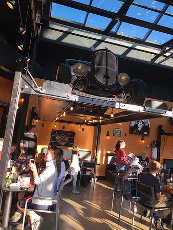 Cody S Gastro Garage Restaurant Garden City Restaurant