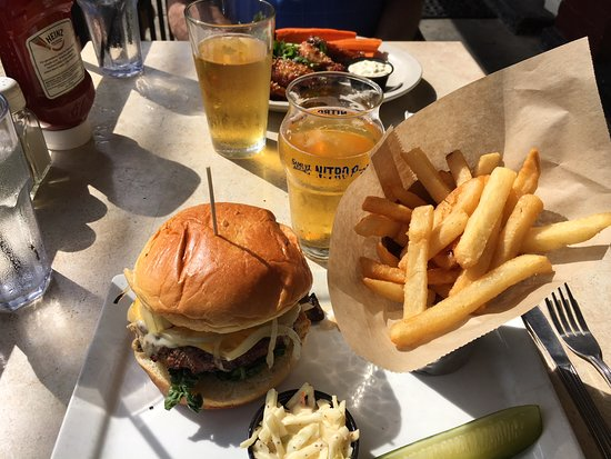 Whistling Willie's American Grill: The Smother Mother burger and fries