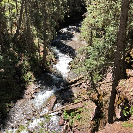Beautiful falls and scenery