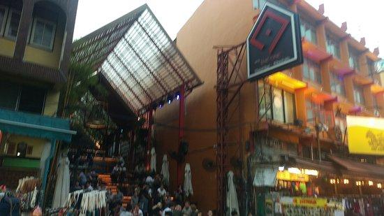 The One At Khaosan: Entrance