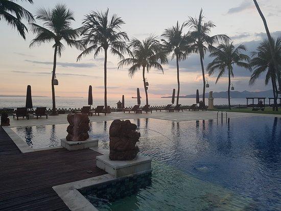 Ramayana Candidasa : sunset tranquility
