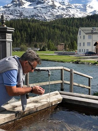 Hotel Chesa Rosatsch - Home of Food: pure fresh cold mountain water