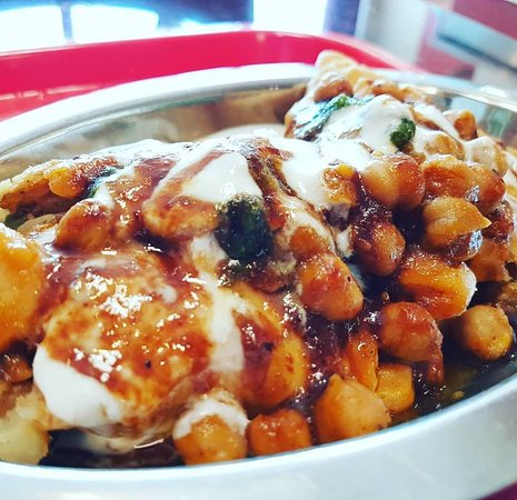 Urban Indian Cafe & Restaurant: Samosa Chaat