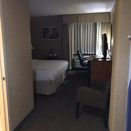 Holiday Inn LaGuardia Airport Photo