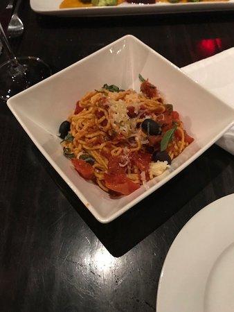 Brownstone Restaurant: pasta