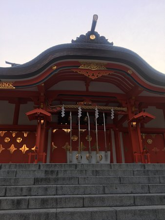 Hanazono Shrine : Lots of festivals are held.