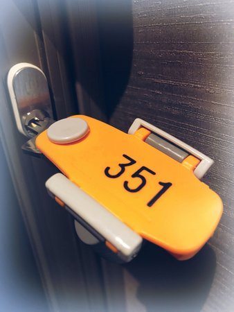 Capsule Hotel Hakodate: Key for Superior single and Twin room/スペーリアとツインのお部屋は鍵付き
