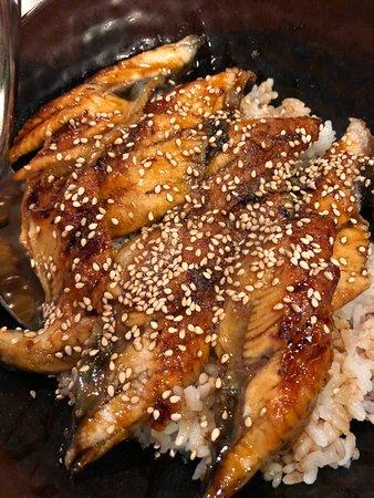 Dozo Izakaya : Unaju (BBQ Eel on Rice w/ Sauce)