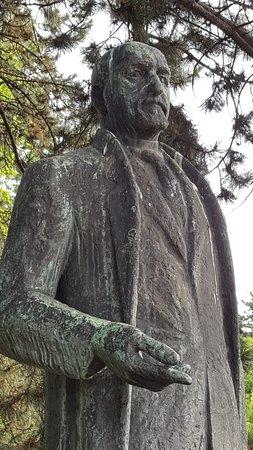 Karl Seitz Statue照片