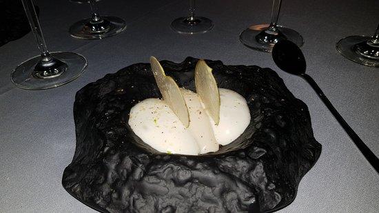 Lycabettus Restaurant: Another dessert