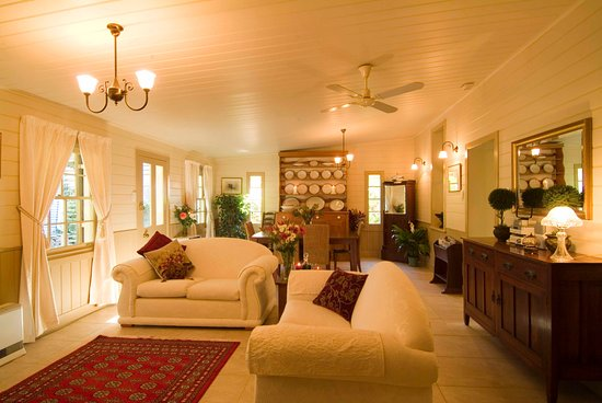 Port Willunga Cottages: Evelyn Homestead at Willunga lounge and dining