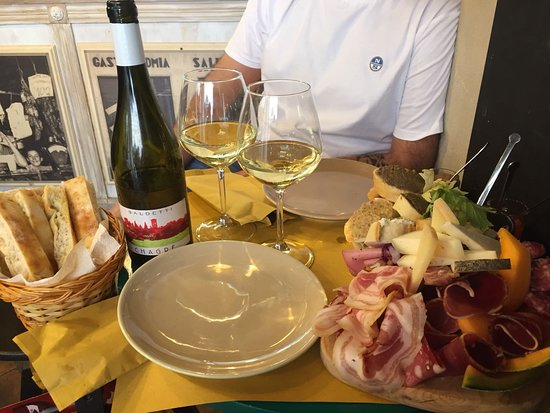 La Vineria di Montepulciano ภาพถ่าย
