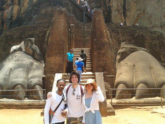 Lanka Inora Travels : Sigiriya rock fortress Sri lanka