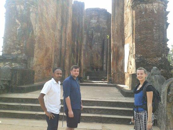 Lanka Inora Travels : @ Polonnaruwa ancient temple sri lanka