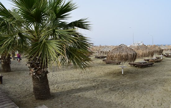 Kastella Beach: Пляж Кастелла – Замковый пляж