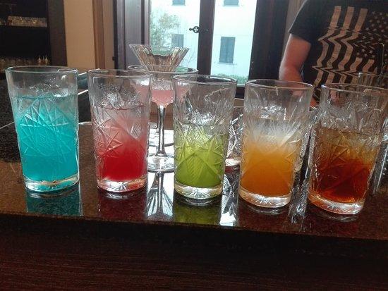 Colore & Sapori : Cocktail creati da noi ispirati al mondo del colore e del design