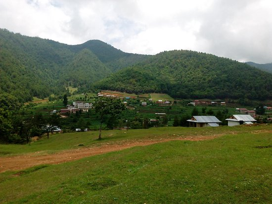 Chitlang, เนปาล: Clean, green and healthy village.