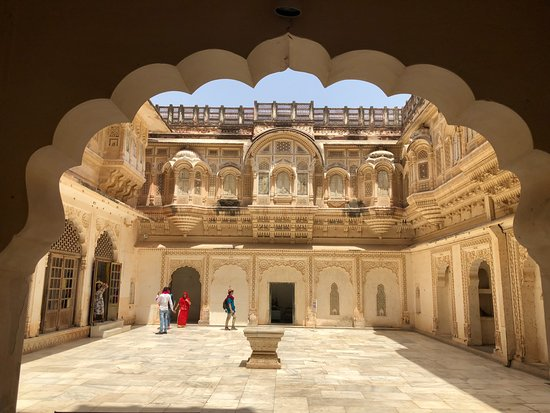Indo Vacations: Mehrangarh Fort (Jodhpur)
