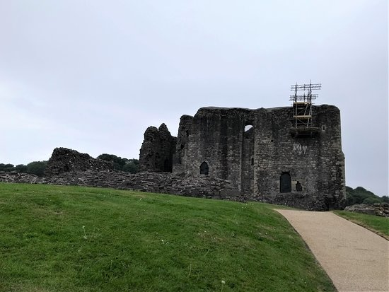 Dundonald Castle : View from the path