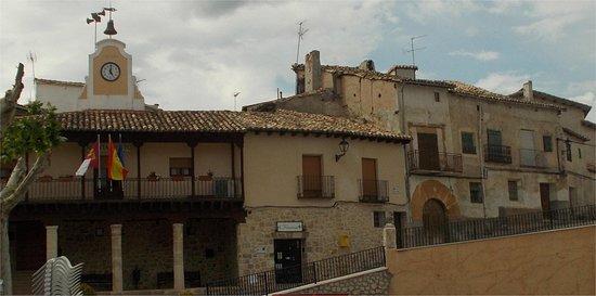 Aunon, Испания: Auñón. Pza del Ayuntamiento.