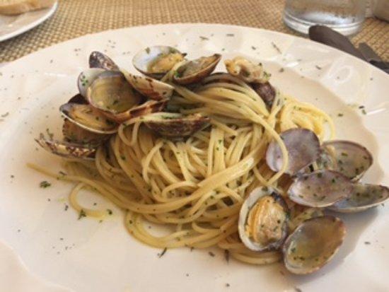 Castelletto Beach Restaurant: Spaghetti alle vongole