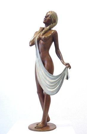 Alain Choisnet Sculpteur: Sara - bronze - H 57 cm