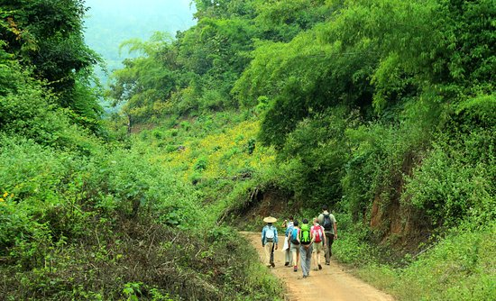 """Ko Pee Travel & Trekking Tours - Mandalay Hsipaw Lashio Expeditions: On Overnight Trek With """"Guide Jack"""" In Hsipaw Region"""