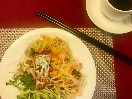 Essence Palace Hotel & Spa: mix of salads at breakfast