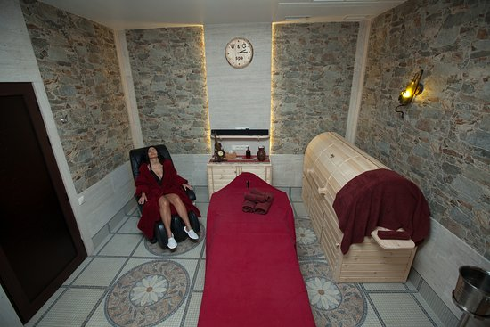 Wine & Grapes Spa: massage armchair массажное кресло