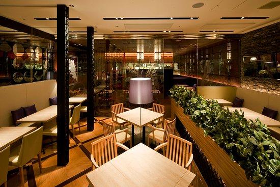 Natural Dining Kobe Niniku Labi Senri Chuo : 店内写真