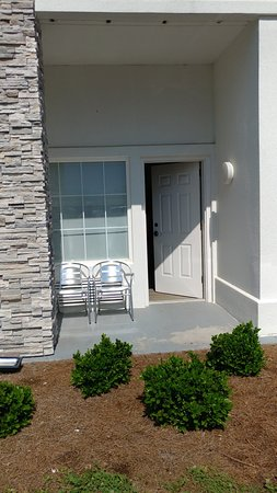 Holiday Inn Express & Suites Pigeon Forge - Sevierville Photo