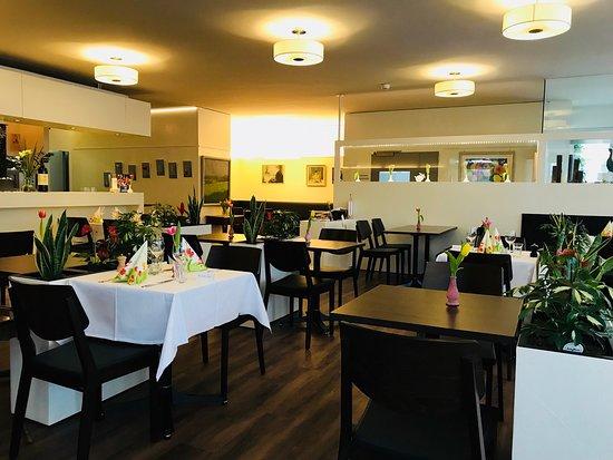 Restaurant Rathausgarten Aarau: Hell und gemütlich, nach der Renovation.