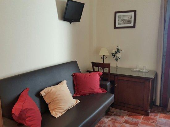 Las Cabezas de San-Juan, Spain: 20180424_184732_large.jpg
