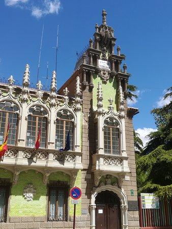 Museo Municipal de la Cuchillería: detalle de fachada