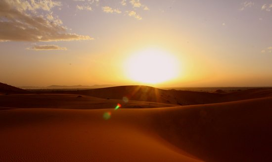 Touareg Trails: Por do sol no deserto