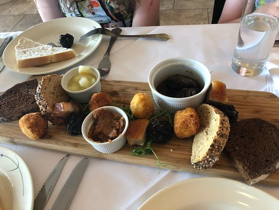Pig & Whistle Restaurant: Pig & Whistle Sharing Platter