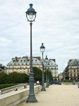 1st Arrondissement: Ave. de General Lemmonier