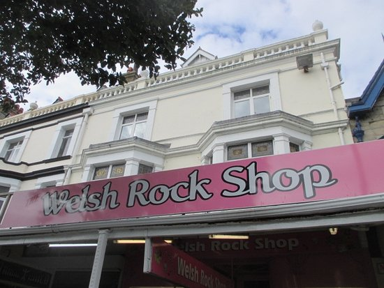 ‪Welsh Rock Shop‬