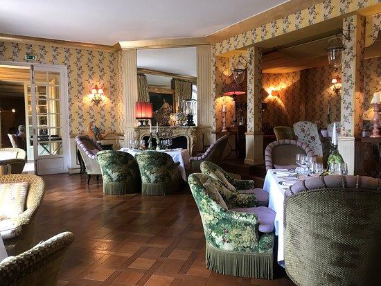 Villa Gallici: サロンです。